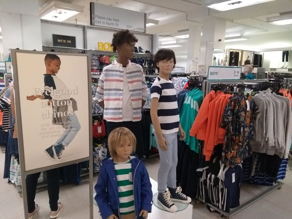Chino selling incentive -boys focus